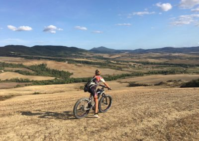Would you like to visit Montepulciano with an e-bike?