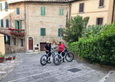 tour montepulciano ebike