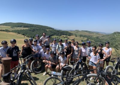 cinema tour e val dorcia urban bikery big group